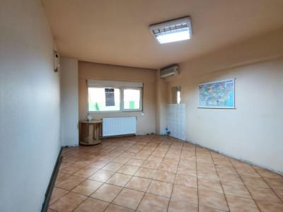 Apartament 3 Camere 67mp 1980 Valea Argesului Parter 3min Metrou