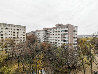 Apartament 2 Camere Renovat 50mp Bloc Reabilitat 5 min Metrou Dr Tab